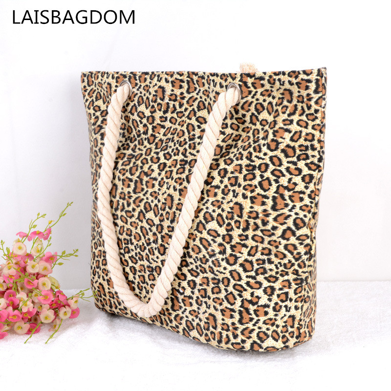 Brand New Canvas and Zipper Design Women's Shoulder Bag Summer 2018 Beach Bags Women Large Capacity Messenger Bag Leopard stylish women s shoulder bag with buckle and canvas design