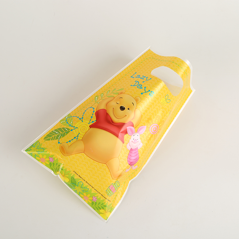 6Pcs/Pack Lovely DISNEY Winnie The Pooh Theme Party Plastic Gift Bag Birthday Party Supplies Souvenir For Girls Or Boys
