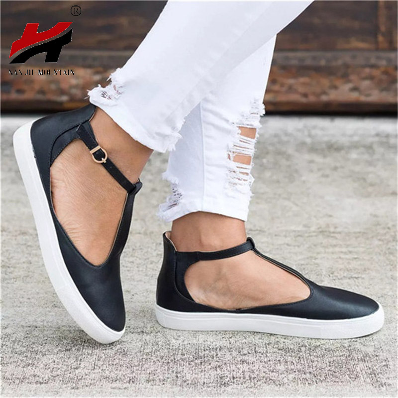 2018 Spring And Autumn Women's Shoes Round Head Thick-Soled Buckle Casual Shoes Flat Shoes Large Size 35-43 free shipping large size woman spring autumn 2017 european style temperament casual fashion belt buckle flat slip 35 43 shoes