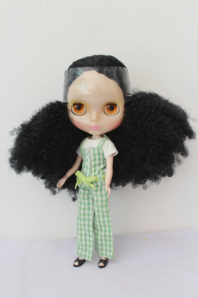 Blygirl Blyth doll transparent skin black hair nude doll joint general body 7 to change their own makeupBlygirl Blyth doll transparent skin black hair nude doll joint general body 7 to change their own makeup