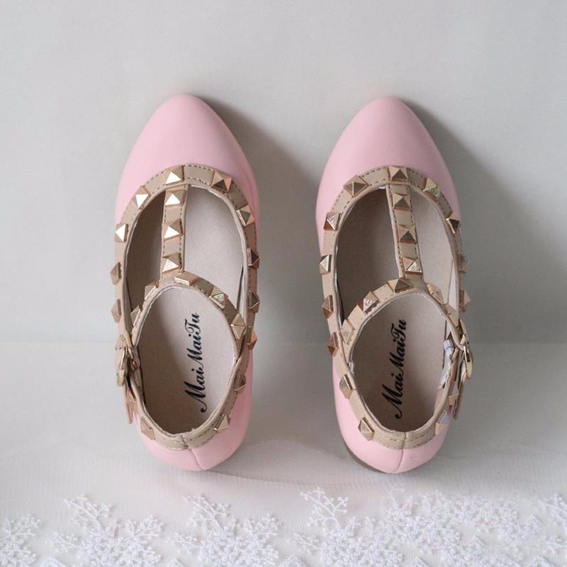 spring-and-summer-PU-leather-princess-shoes-female-child-sandals-cutout-child-single-shoes-breathable-rivet (5)