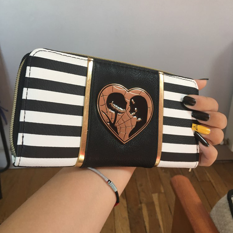 Striped Jack and Sally Zipper Women Wallet  Metal badge purse The Nightmare Before Christmas DFT-5033Striped Jack and Sally Zipper Women Wallet  Metal badge purse The Nightmare Before Christmas DFT-5033
