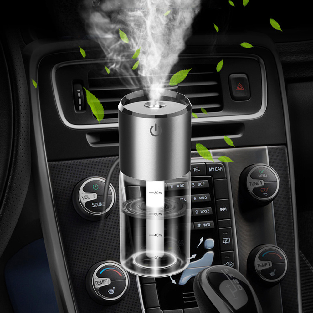 VR robot 12V Car Diffuser Steam Air Humidifier Portable Mini car Air Purifier Refresher with Vent Clip 2 Port USB Fast Charging