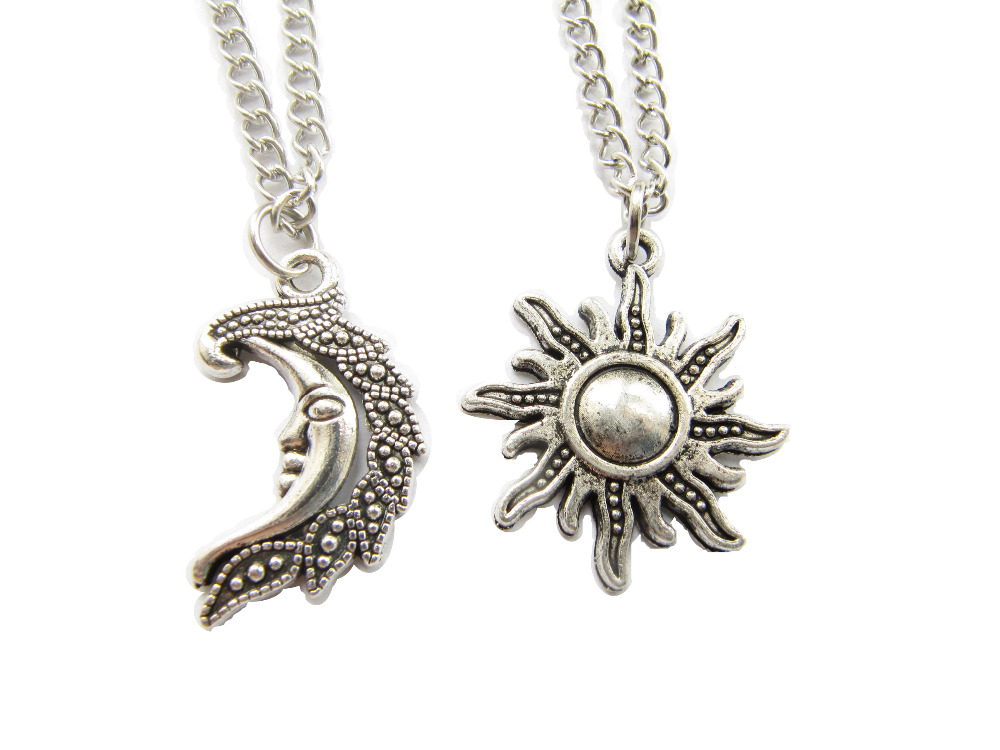ou acheter un collier lune