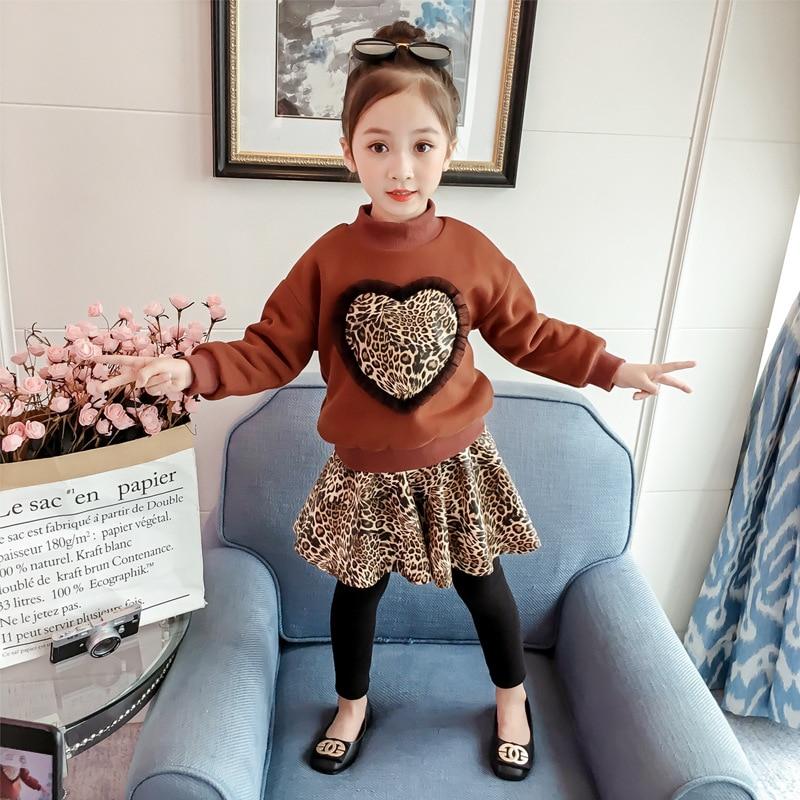 Весенне-осенний вельветовый свитер с леопардовым принтом и сердечками для маленьких девочек + юбка-брюки, Детский комплект из 2 предметов, м...
