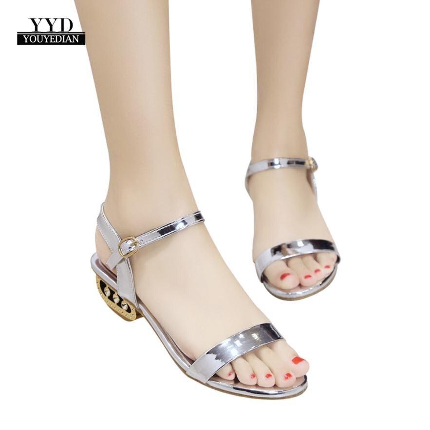 Ymechic 2018 Süße Mädchen Dame Nieten Ankle Strap Grau Gelb Schwarz Feder Design Flache Ferse Gladiator Sandalen Frauen Sommer Schuhe Schuhe
