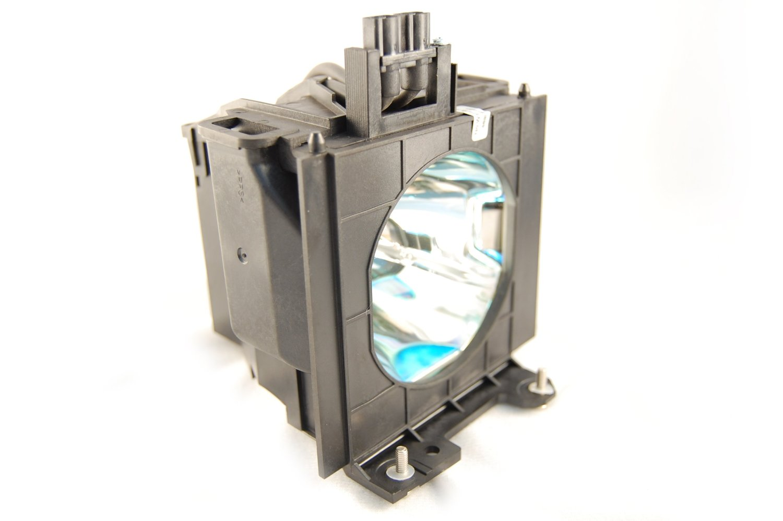 ET-LAD55W LAD55W Lamp For Panasonic PT-D5500 PT-D5500U PT-D5600 PT-D5600U PT-L5500 PT-L5600 PT-D5600E PT-DW5000 Projector Bulb pt ae1000 pt ae2000 pt ae3000 projector lamp bulb et lae1000 for panasonic high quality totally new