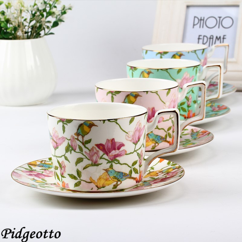 European Fine Bone China <font><b>Coffee</b></font> <font><b>Cup</b></font> <font><b>Set</b></font> Luxury Handmade Flower Ceramic Afternoon Teacup Exquisite <font><b>Coffee</b></font> <font><b>Cup</b></font> And Saucer Gift Box image