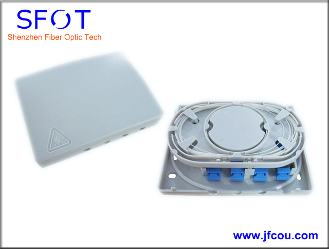 Free Shipping, 3PCS/lot, 4 Ports FTTH Fiber optical termination box, with SC/UPC pigtails and SC/UPC adaptors