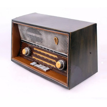 Iron Radio Model Retro Nostalgic Ornaments Vintage Radio Craft Bar Home Decoration Gift Antique Imitation Photography Props