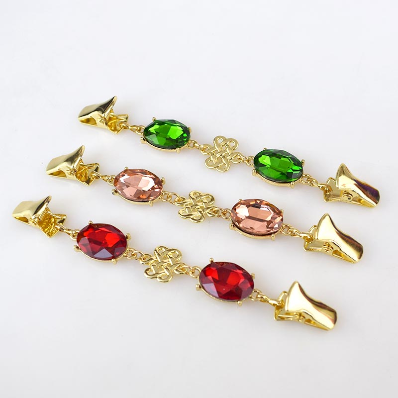 2Pcs European Retro Crystal Cardigan Clip Clothes Rhinestone Decorative Buttons Metal Buckles Garment Sweater Pins Brooch in Buckles Hooks from Home Garden
