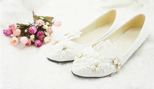 257d62210dfe1 2018 Livraison Gratuite Dentelle Blanche Fleur De Mariage ShoesFlower Fille  Chaussures Robe de Demoiselle D'