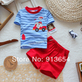 Новый 2014 лето комплект одежды младенца ребенка автомобилей полосатый короткие рукава футболки + шорты устанавливает мальчиков одежда