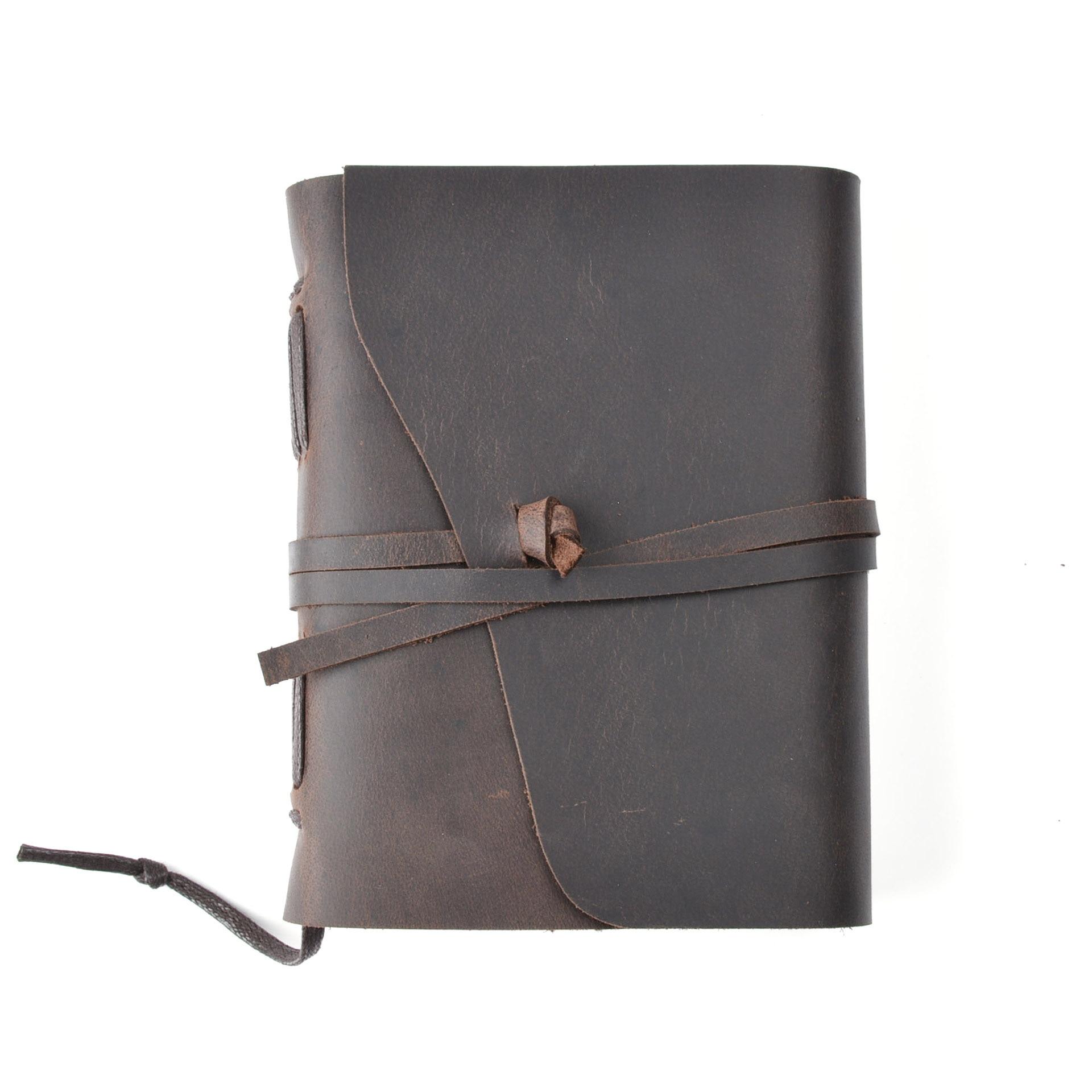 купить junetree Vintage Handmade Leather Diary Notebook Sketchbook Travel Journal Blank Writing Paper Note Books Gifts Stationery по цене 1931.81 рублей