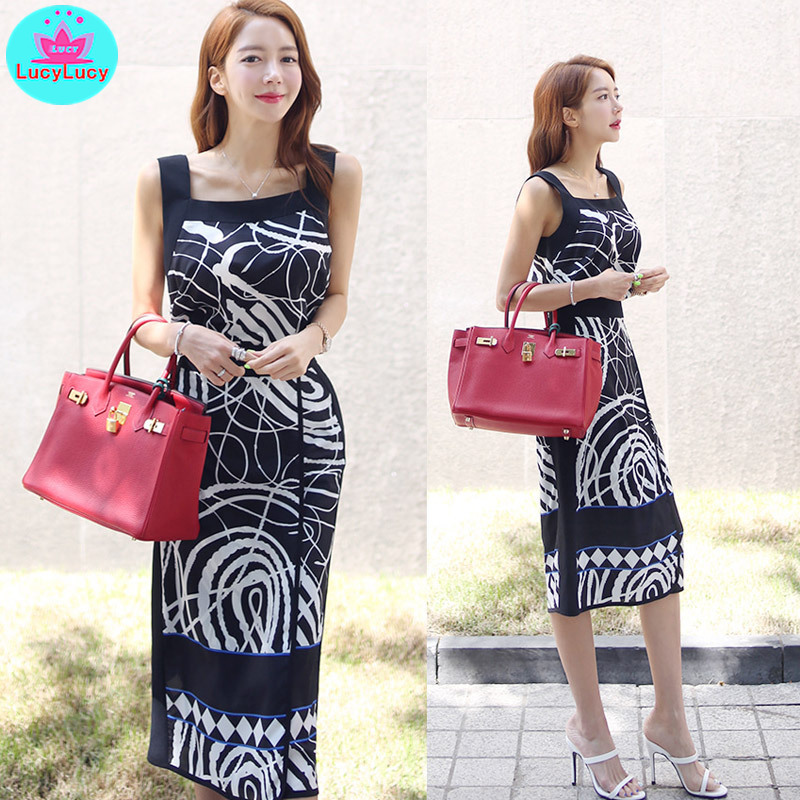 Women 39 s suit 2019 summer new Korean version of temperament printing vest high waist bag hip skirt two piece in Women 39 s Sets from Women 39 s Clothing