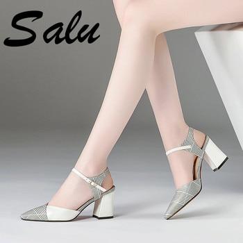 223e5e12 Salu nuevas sandalias de verano tacones altos moda elegante fiesta Casual  zapatos mujer Sexy Peep Toe blanco señoras sandalias