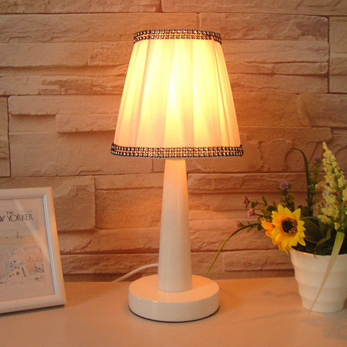Promotion Brief Small Desk Lamp Modern Fashion Rustic Bed Bedroom Lighting Fabric Table Lamps
