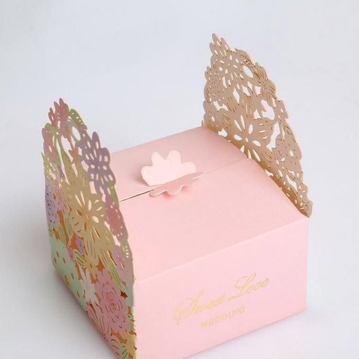 25 шт./лот свадебный подарок сладкий цветок Лазерная резка свадебной коробка конфет Сахар Дело свадебный шоколад Бумага коробка Mariage Casamento