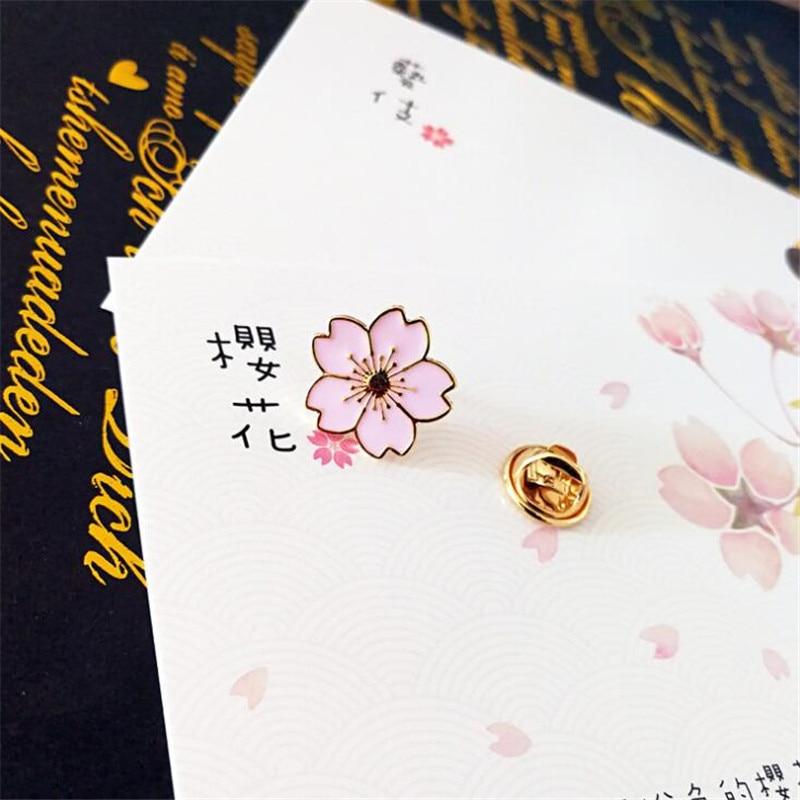 Jane Anime Cartoon Aestheticism Collar Pin Uniform Accessories Sakura Brooch Cosplay Badge College Maid Pink Flower Fancy Gift