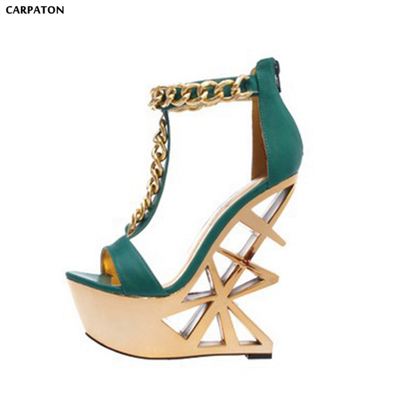 цена Carpaton 2018 Newest Fashion T-type Metal Chain High Platform Special Strange High Heels Cover Heel Back Zipper Women Sandals в интернет-магазинах