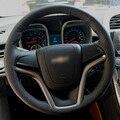 Mão-costurado Preto Tampa Da Roda de Direcção Do Carro de Couro para Chevrolet Malibu 2011-2014