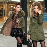 Winter new vogue army green coat fur collar hooded Parker jacket female 2019 winter fashion office lady cotton female coat B521