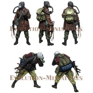 Image 2 - 1/35 ستوكر. مترو ، 2 الناس ، الراتنج نموذج الجندي GK ، موضوع الحرب ، المفكك و غير مصبوغ عدة