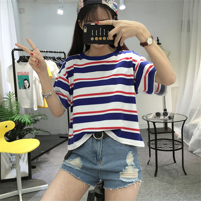 Color Striped Loose O-Neck T Shirt