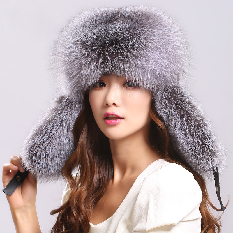 Hot Sale Real Fox Fur Hat for women winter Fox fur beanies cap with fox fur 2017 Solid New thick female cap Bomber Hats