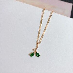 Image 3 - Vintage Natürliche Smaragd Halskette Anhänger Für Frauen 100% 925 Sterling Silber Grün Edelstein 18K Gold Schlüsselbein Kette Feine Schmuck