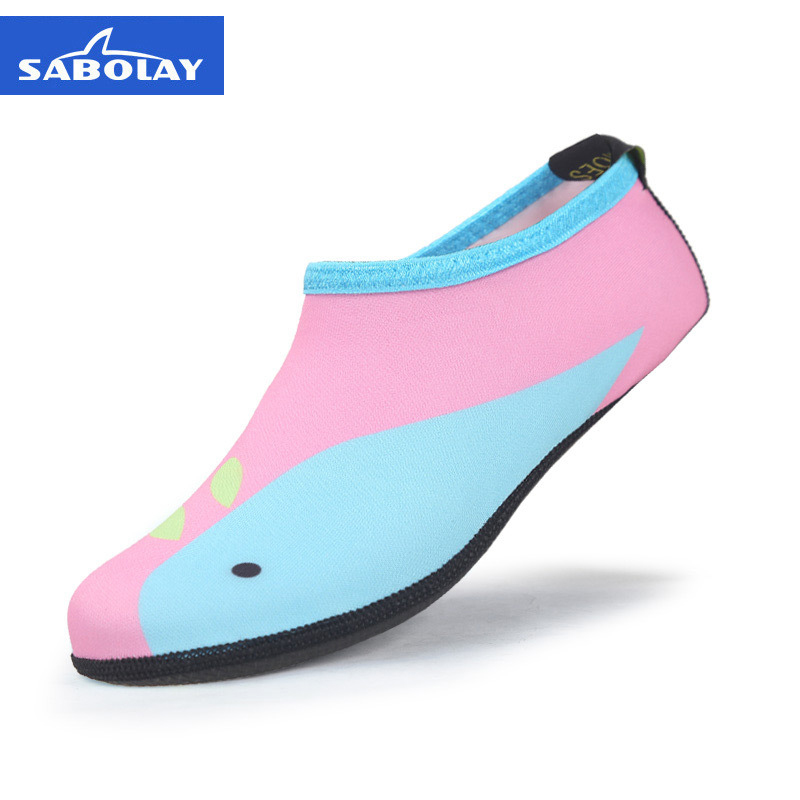 Kids Aqua Shoes Children Swimming Shoes Breathable Summer Beach Socks Water Shoes for Boys Girls Soft Diving Wading Shoes in Upstream Shoes from Sports Entertainment