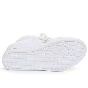LAISUMK/Женская обувь на танкетке, на резиновой подошве, с перфорацией типа «броги», на шнурках, на высоком каблуке, с острым носком, на толстой мягкой подошве, белые и серебряные кроссовки
