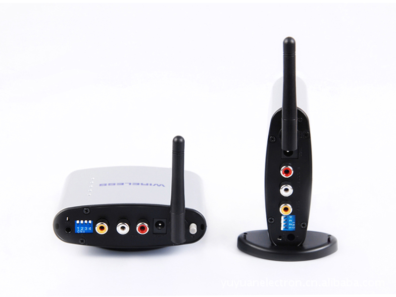 ФОТО NEW 150M 4 Channel 2.4G wireless AV transmitter with IR control PAT-220 Wireless audio video transmitter receiver kit