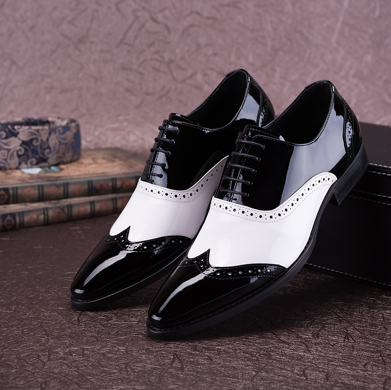 Black White Genuine Leather Men Oxford Shoes Pointed Toes Patchwork Mix Colour Lace-Up Male Dress Shoes Carved Black White Shoe все цены