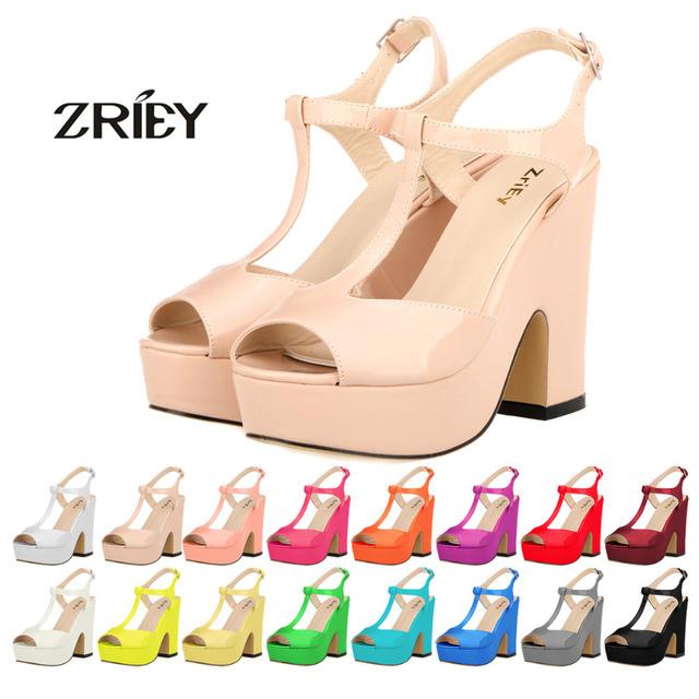 Nueva Plataforma de Las Mujeres Peep Toe Sandalias de Tacón Alto de Las Señoras Cuñas de Charol Zapatos Del Banquete de Boda Zapatos Mujer