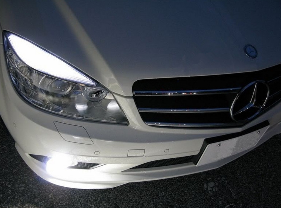 4x White LED Error Free Eyebrow Eyelid Light Bulb F Mercedes Benz W204 C300 C350