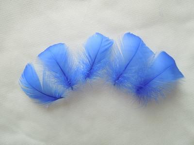 Горячая распродажа! 100 шт./партия, 4-6 см, маленькие окрашенные цвета, гусиные перья для изготовления шляп и аксессуары для волос, изготовление ювелирных изделий, 13 цветов - Цвет: royal blue