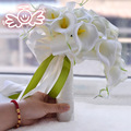 2016 Hermosas Flores Hechas A Mano Decorativo Artificial Calla Lily Detalles de Encaje de La Boda Nupcial de La Novia Ramos de Flores con La Cinta