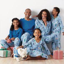 67ffbe382a8b2 Family Christmas Pajamas Boys Baby Pyjamas Suit 2018 Winter Snowman Couple  Matching Sleepwear Dad Father Son Shirts+pants