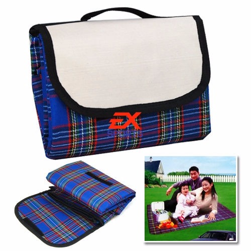 Extra Large Waterproof Picnic Blanket Rug Travel PetDog Caravan Camping Fleece (1)