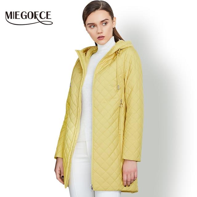 Новая весенняя коллекция MIEGOFCE 2018 куртка женская теплая с капюшоном женское стеганое пальто со стоячим воротником