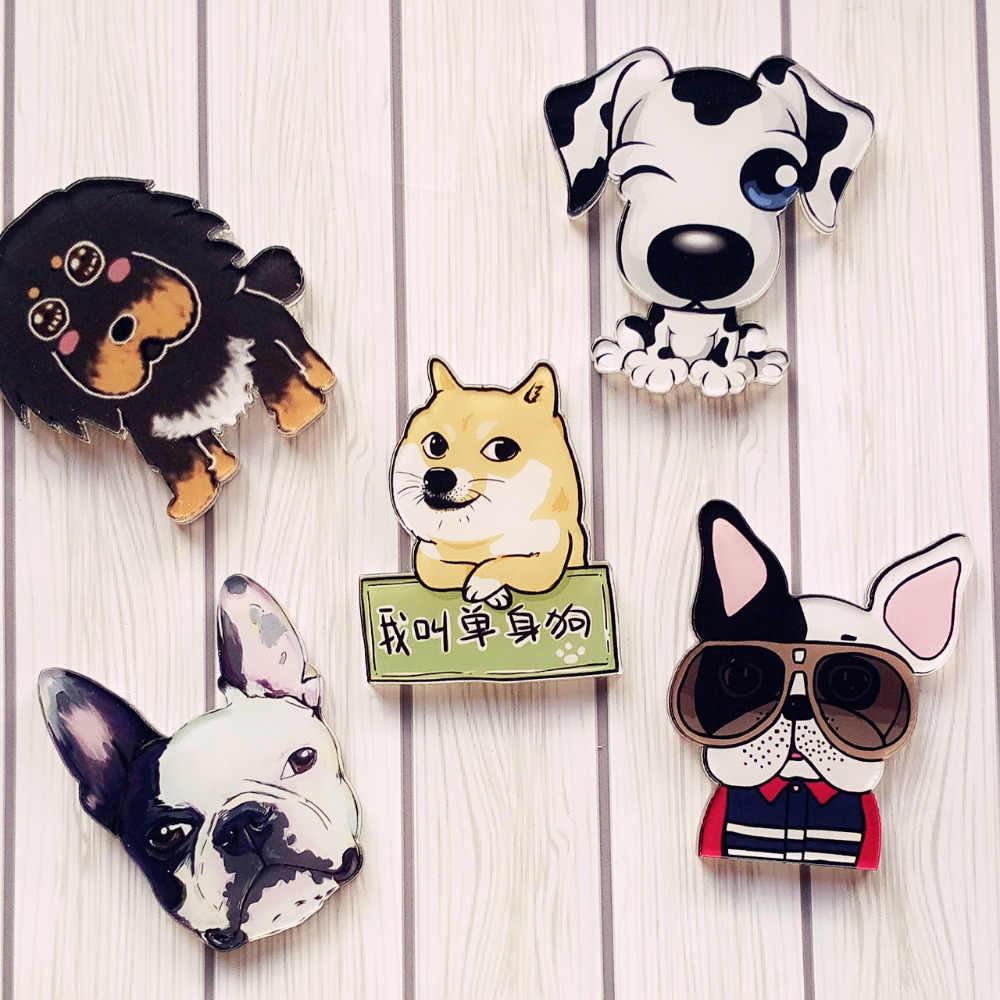 1 piezas encantador perro moda oso de peluche Animal de acrílico broche para mujeres ropa placa decorativa Rozet Collar bufanda Pin de solapa broche