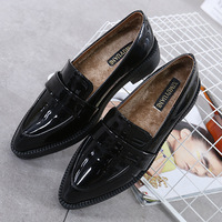 British Preppy handsewn oxford shoes women patent leather winter warm plush fur shoes pointed toe office flats woman creeper new