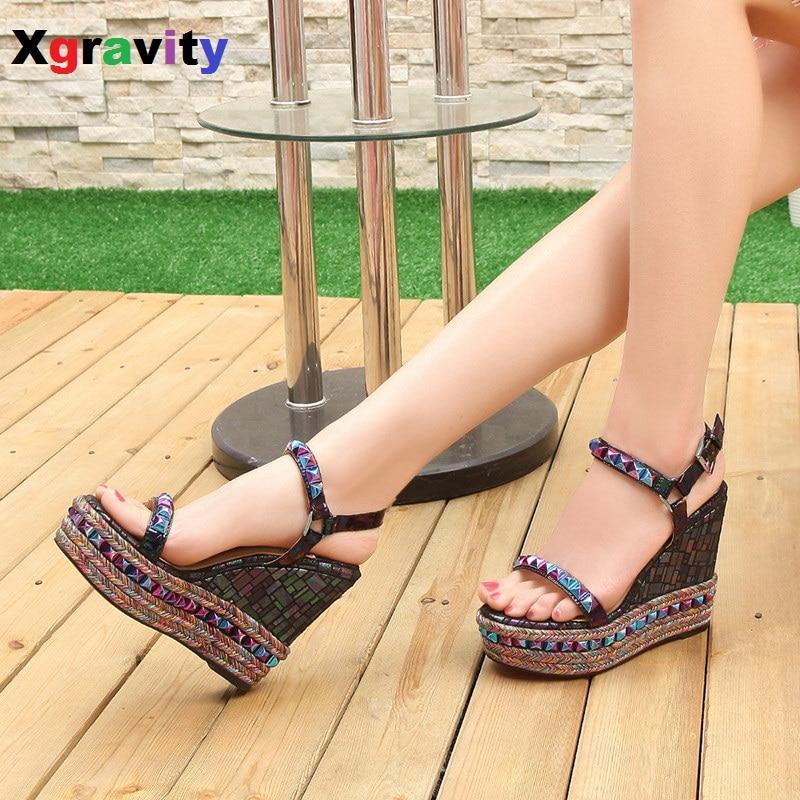 ФОТО European American 2017 New Summer Shoes Genuine Leather Rivets High Heel Wedge Sandals Fashion Woman's Platform Shoes ML3331