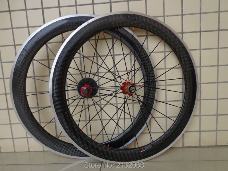 1pair New 700C 60mm clincher rims Road bike 12K carbon bicycle wheelsets with alloy brake surface aero spokes skewers Free ship1pair New 700C 60mm clincher rims Road bike 12K carbon bicycle wheelsets with alloy brake surface aero spokes skewers Free ship