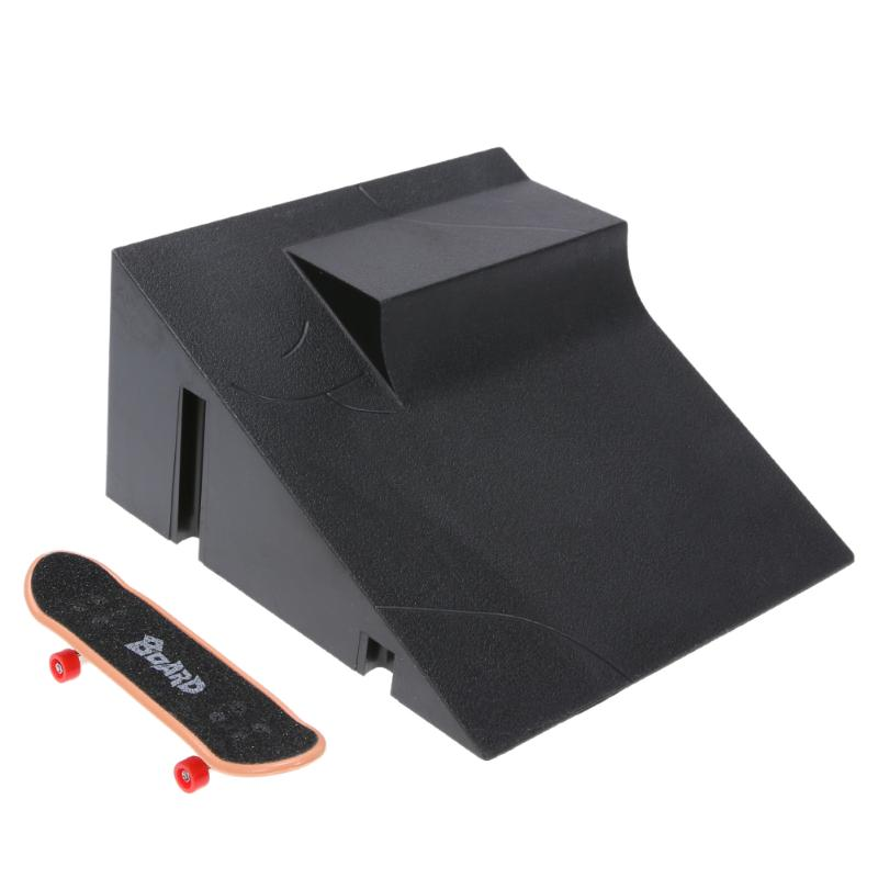 Training Sports Skating Board Games Mini Table Game Finger Skating Board with Ramp Parts Track for Deck Fingerboard Toy