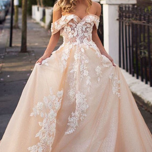 Image 2 - Sweetheart Champagne Wedding Dress Vestido De Noiva Robe De Mariee Off the Shoulder with Lace Appliques Bridal Gown