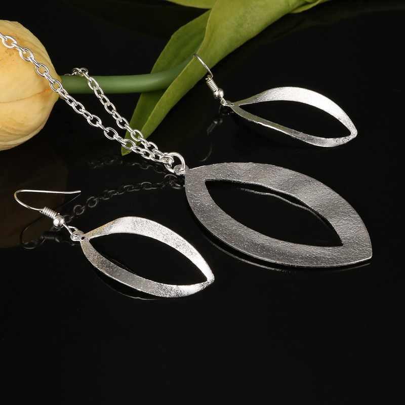 Nuevo collar de cadena Chapado en plata de la boda africana de moda collar de aro del círculo ovalado y colgantes pendientes de gota para las mujeres