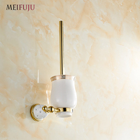 MEIFUJU New Arrival European Luxurious Bathroom Accessories Golden Finished Toilet Brush Holder With Ceramic Cup Bath