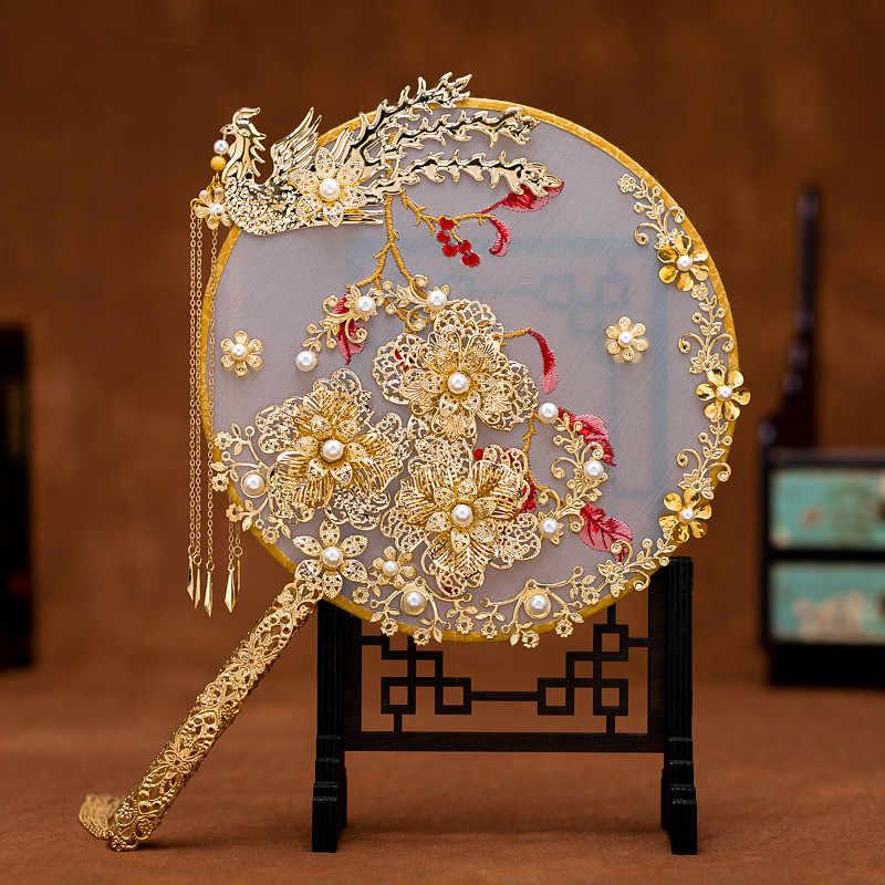 JaneVini หรูหราเจ้าสาวจีนพัดลมช่อไข่มุก Gold Phoenix ทำด้วยมือดอกไม้งานแต่งงานโลหะรอบพัดลม Brides อุปกรณ์เสริม